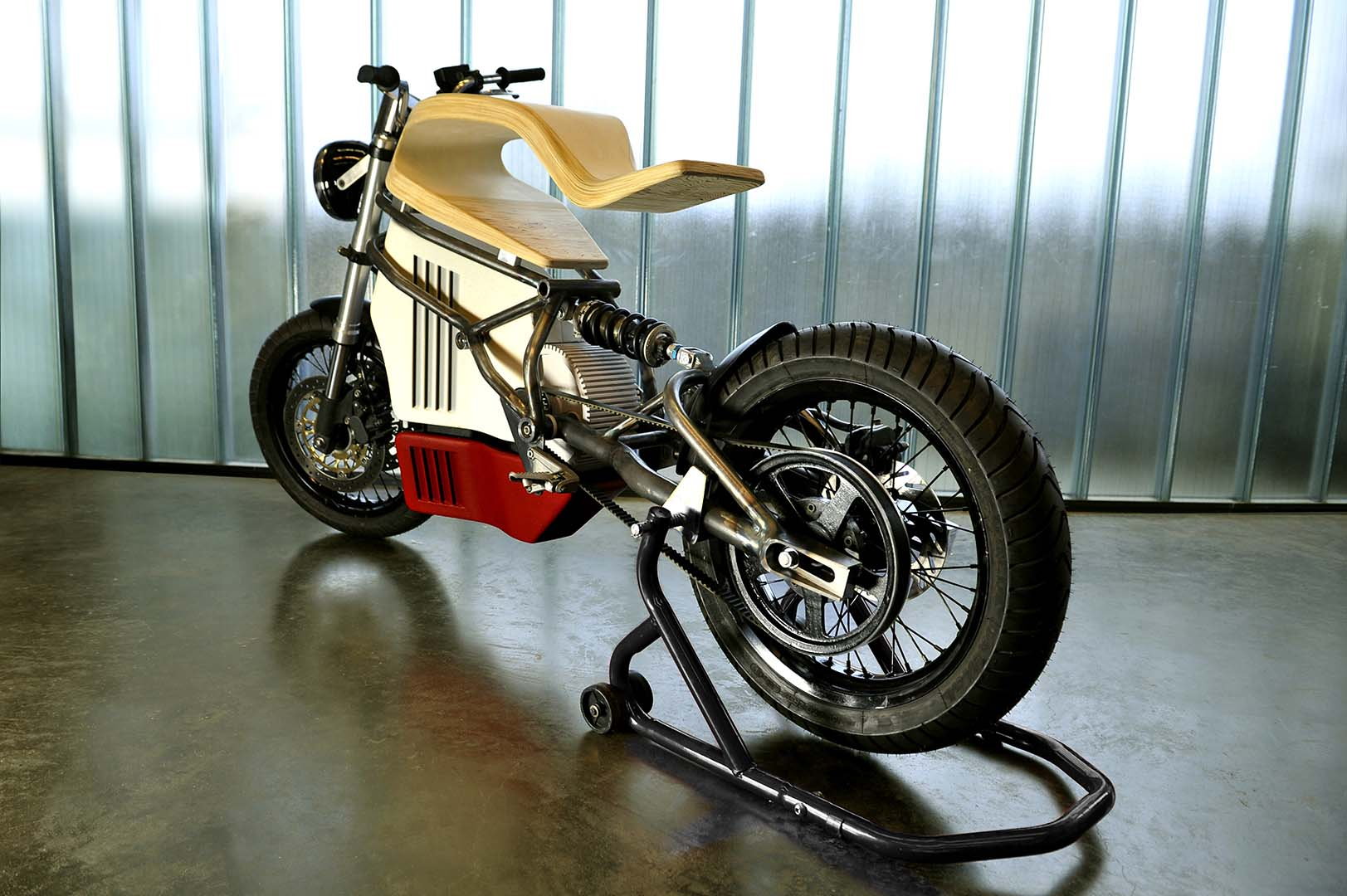 e raw electric motorcycle concept by expemotion asphalt. Black Bedroom Furniture Sets. Home Design Ideas