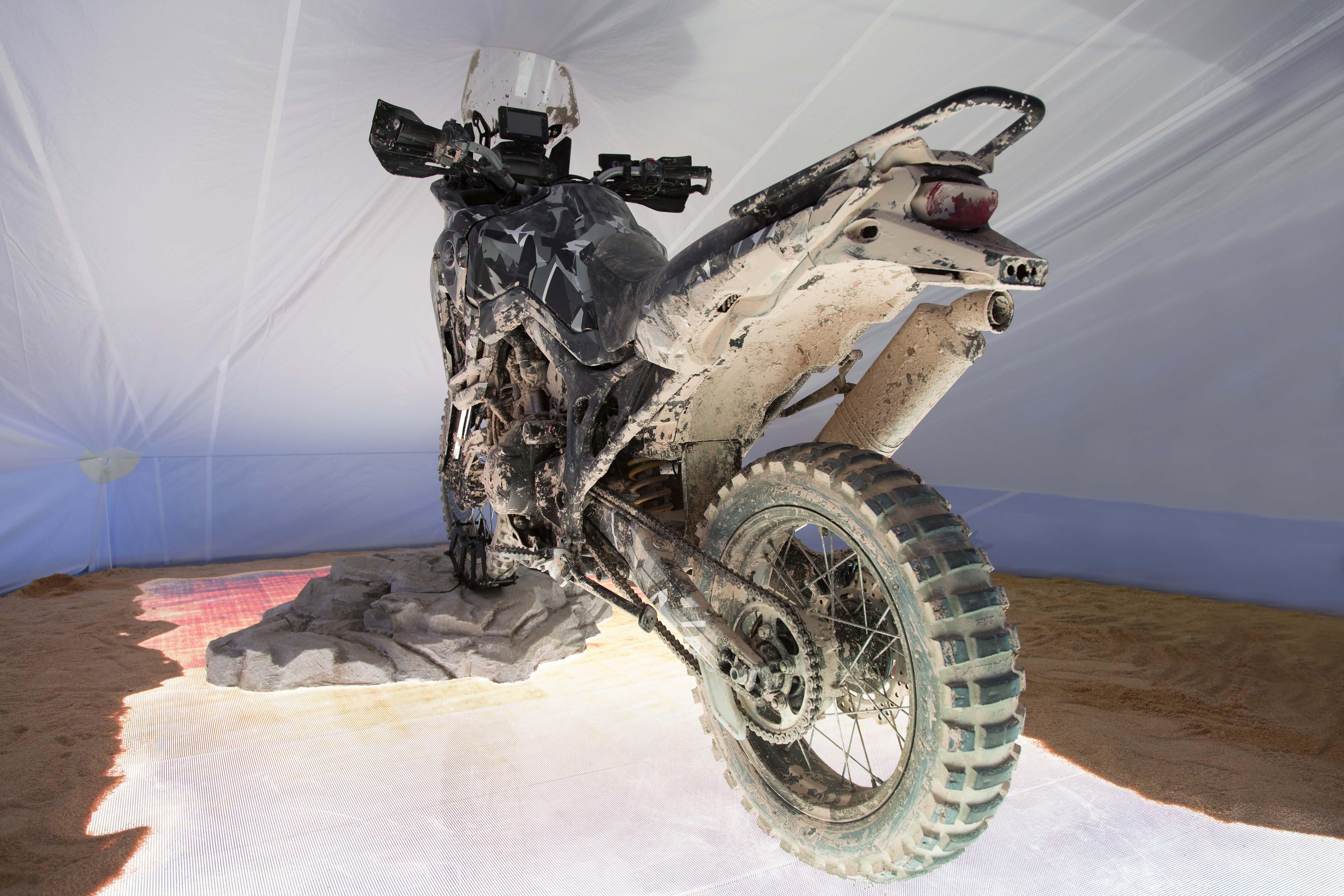 http://www.asphaltandrubber.com/wp-content/gallery/honda-africa-twin-prototype/2015-Honda-Africa-Twin-True-Adventure-Prototype-05.jpg