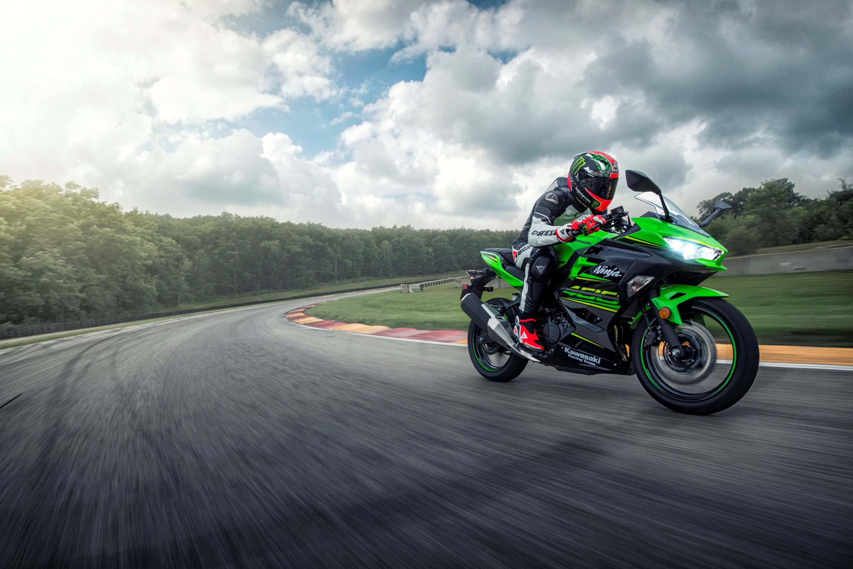 USA Gets Upgraded with the Kawasaki Ninja 400 - Asphalt & Rubber