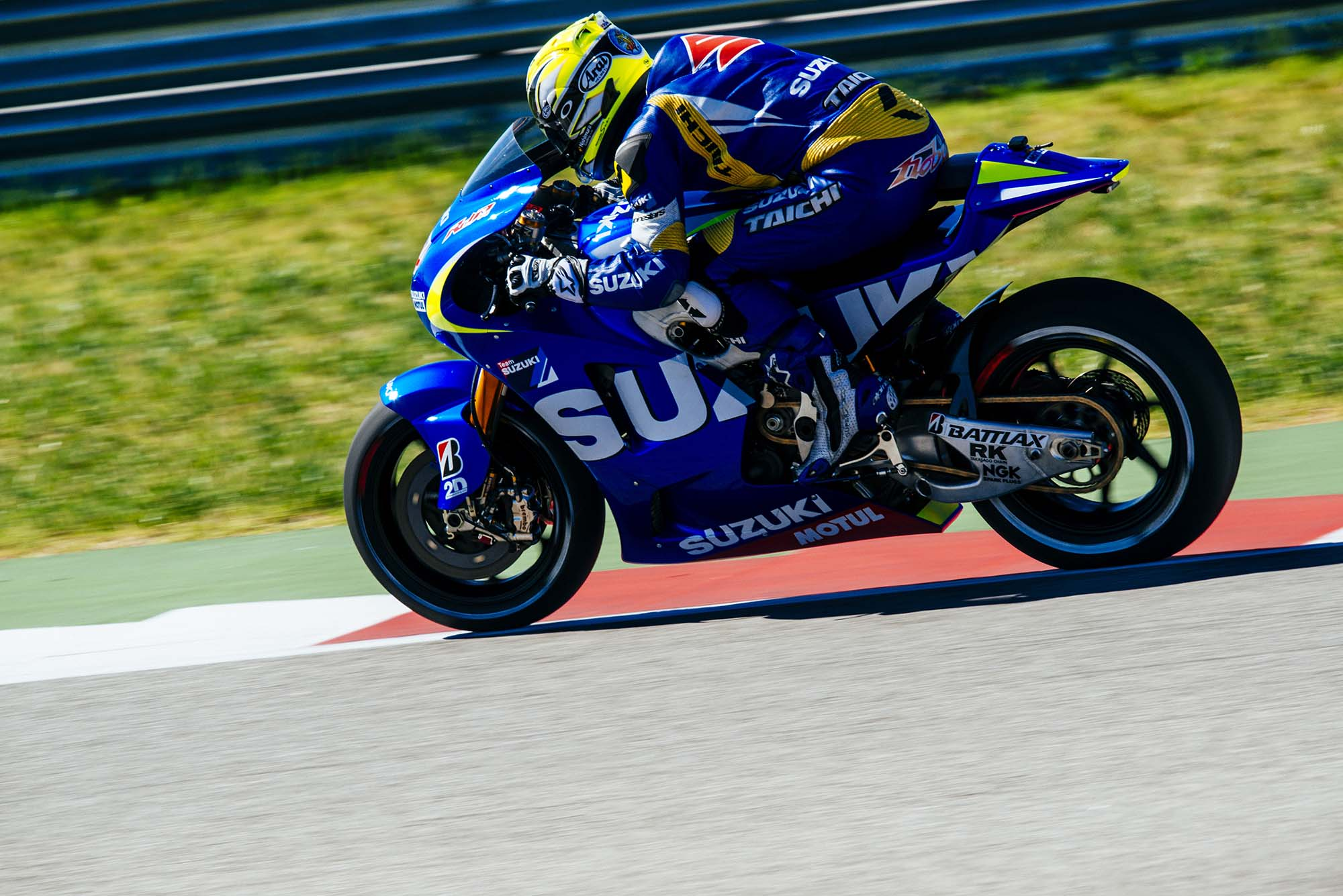 Kevin Schwantz Tests Suzuki XRH-1 MotoGP Bike at COTA, While Randy De Puniet Matches Pace of ...