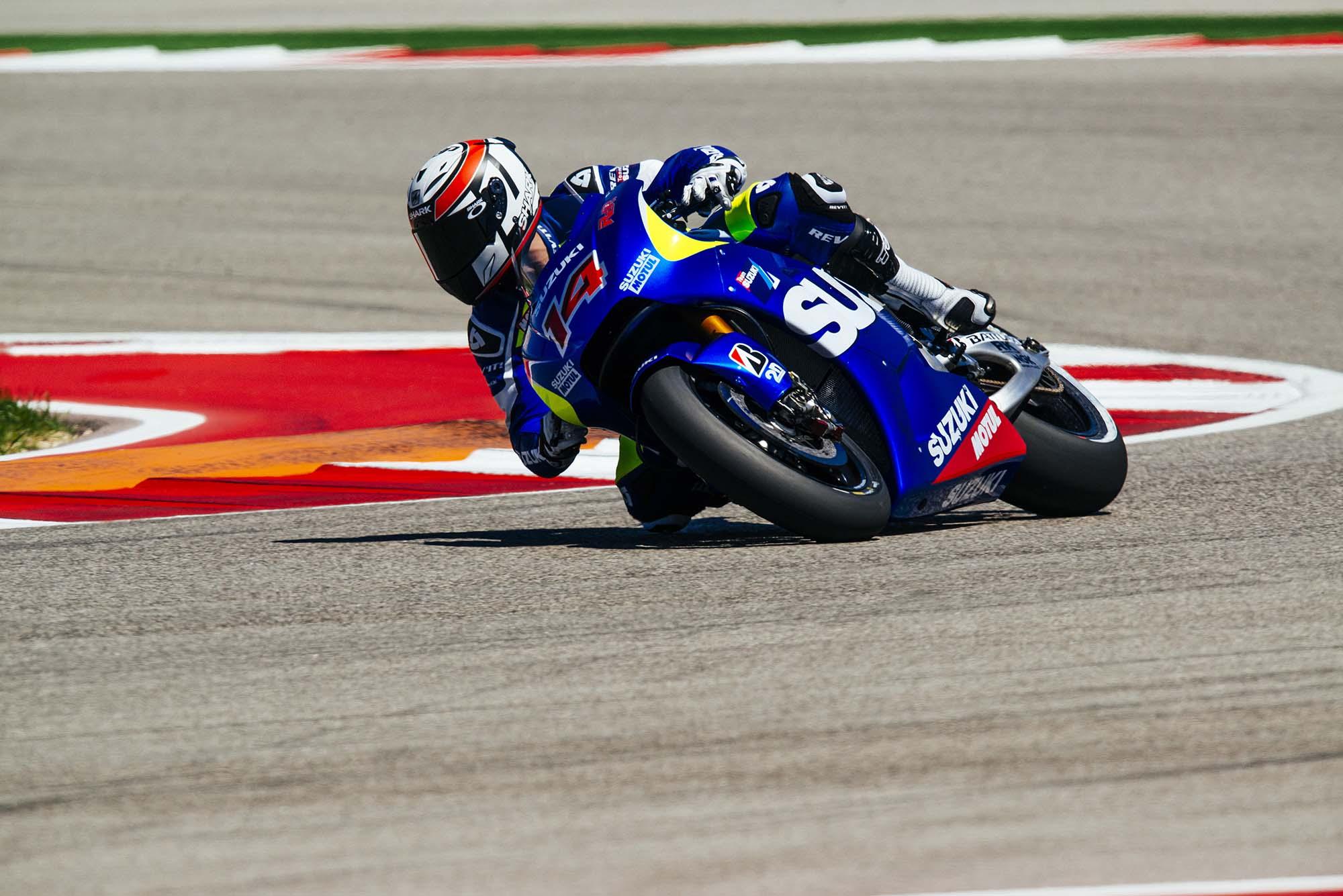 Kevin Schwantz Tests Suzuki XRH-1 MotoGP Bike at COTA ...