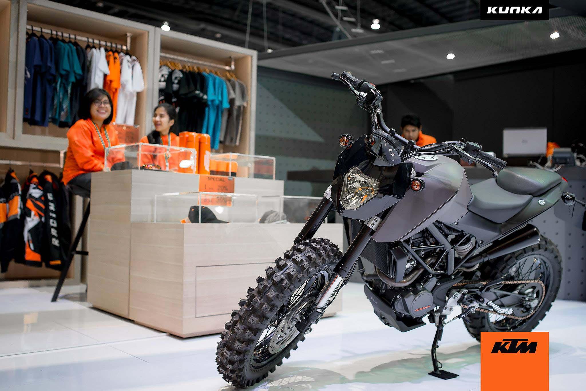Ktm Dual Sport >> KTM 200 Duke-T Concepts by Kunka - Asphalt & Rubber