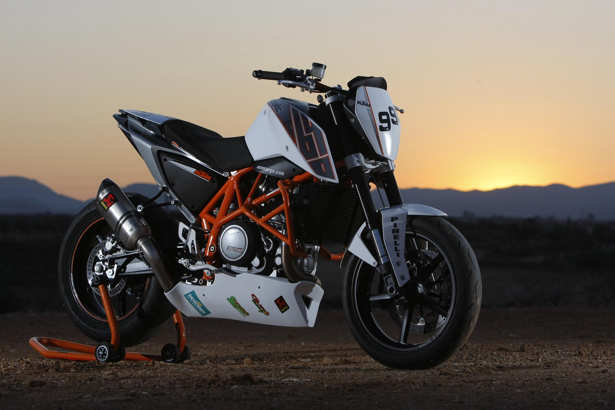 Ktm Duke 690 Wallpaper Ktm Duke 690 Modified