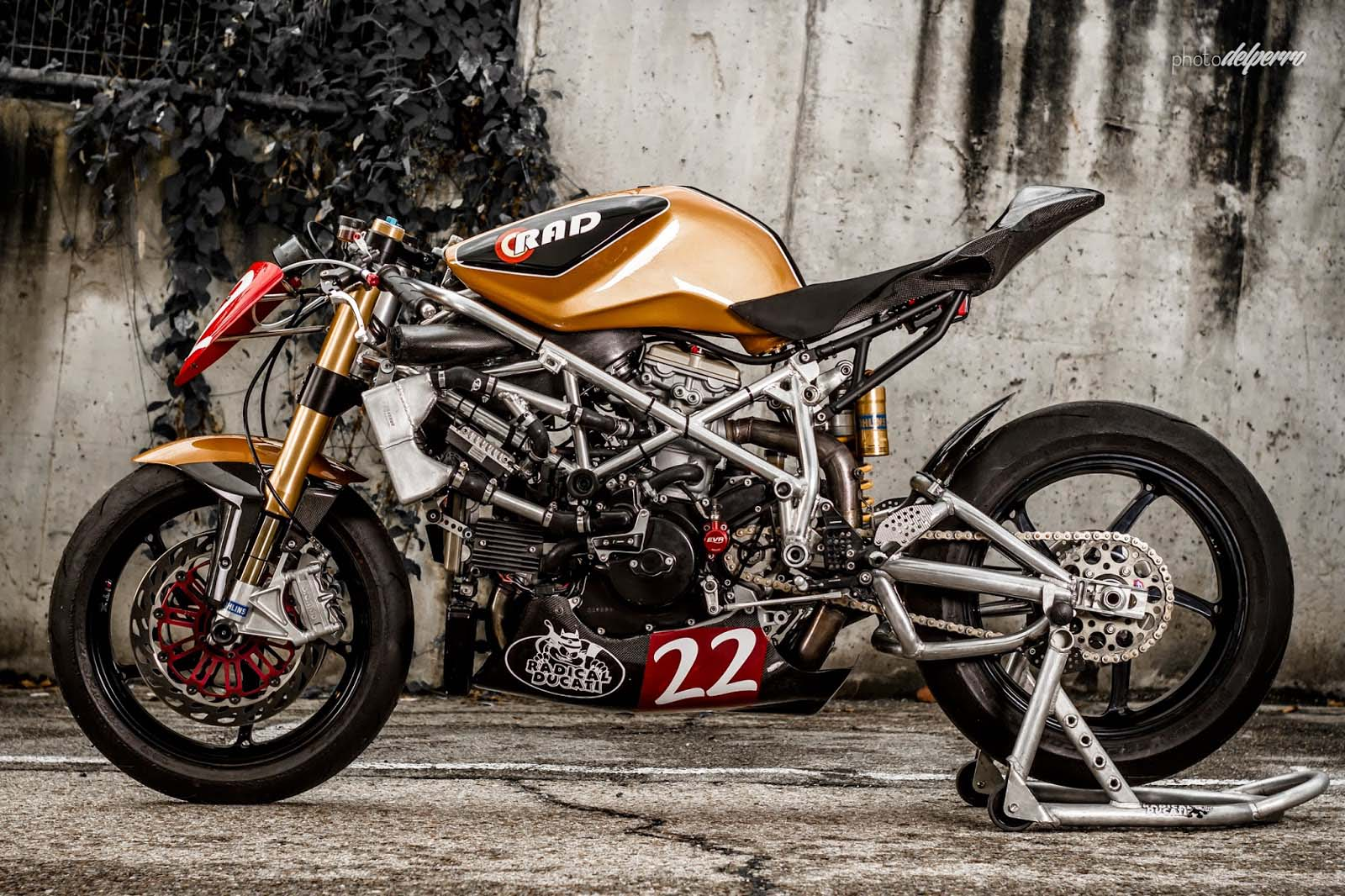 Radical Ducati Matador - Asphalt & Rubber