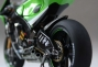 randy-de-puniet-2006-kawasaki-zx-rr-motogp-scale-model-21