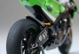 randy-de-puniet-2006-kawasaki-zx-rr-motogp-scale-model-23