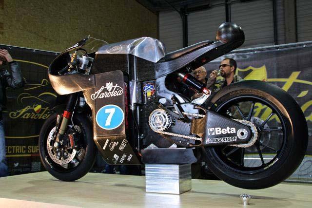 La sportive verte du futur - Page 14 Sarolea-SP7-electric-superbike-10
