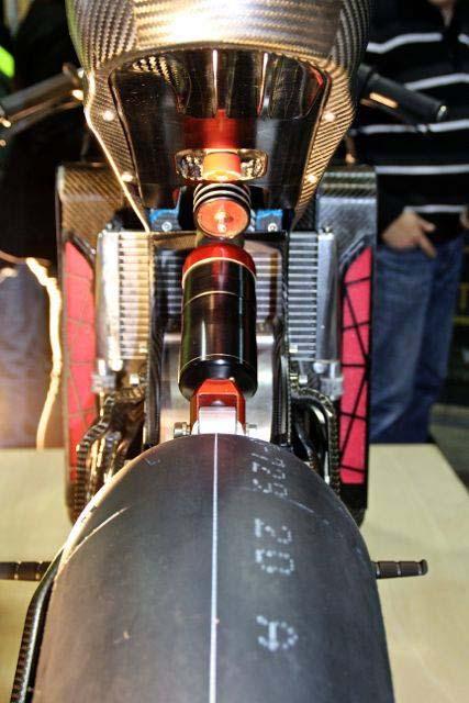 La sportive verte du futur - Page 14 Sarolea-SP7-electric-superbike-11