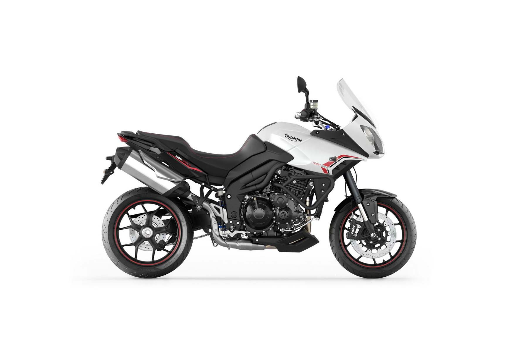 triumph tiger sport a 1050 with more sport asphalt. Black Bedroom Furniture Sets. Home Design Ideas