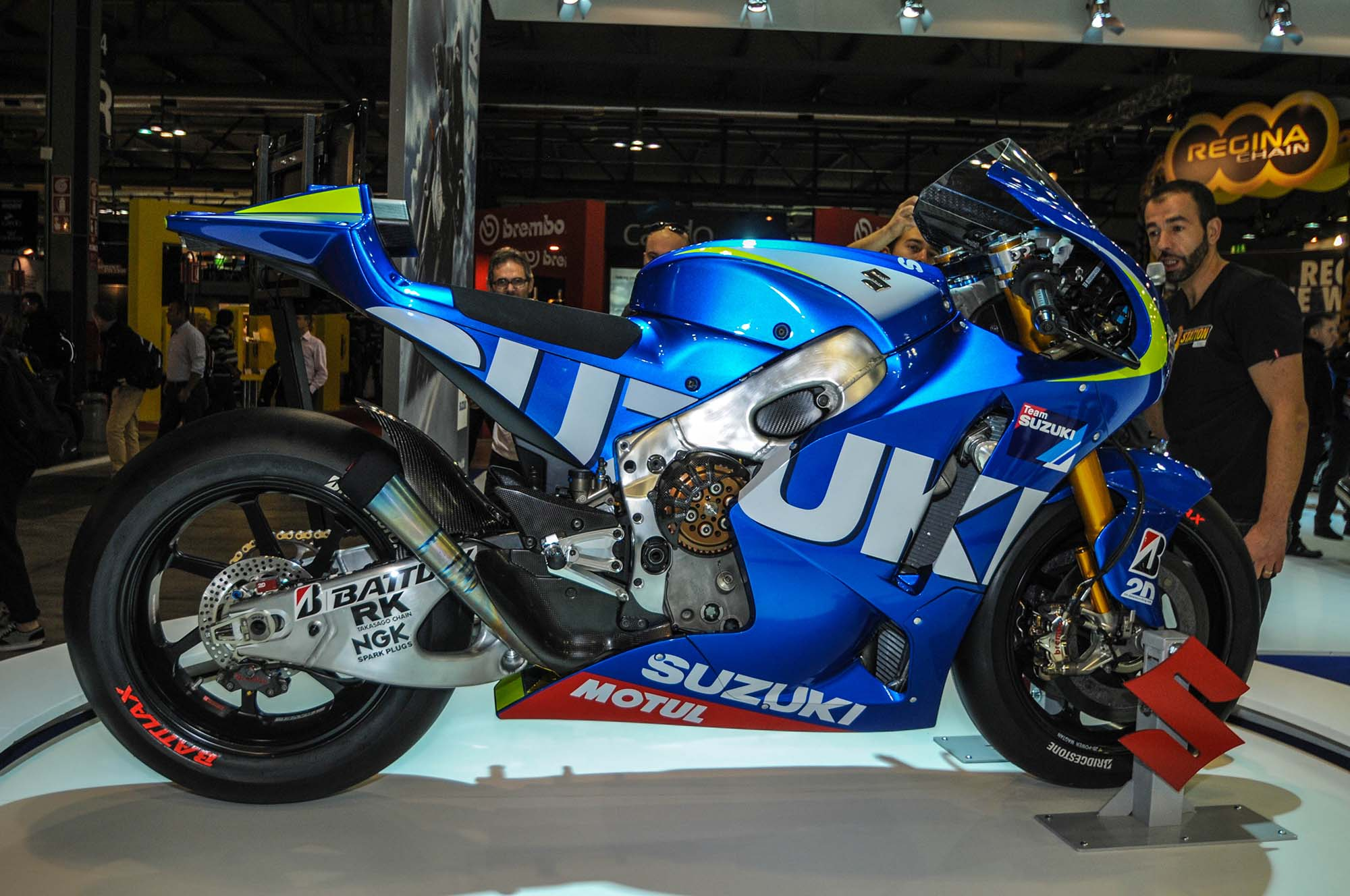 Up-Close with the Suzuki XRH-1 MotoGP Race Bike - Asphalt ... Race Bike Photos