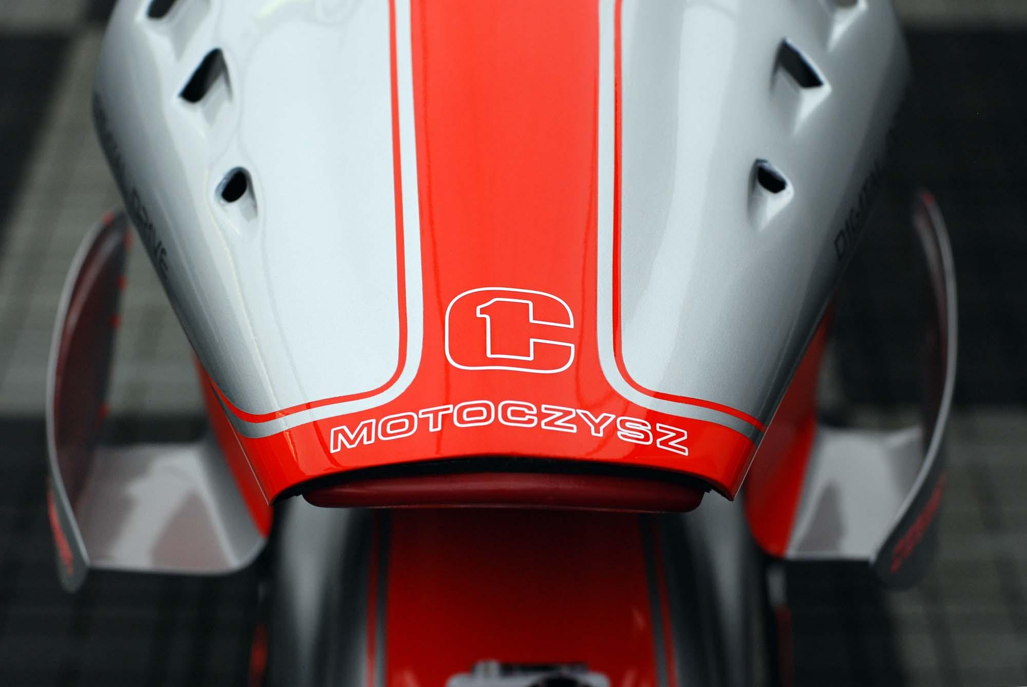 TT Ile de Man 2012-motoczysz-e1pc-11