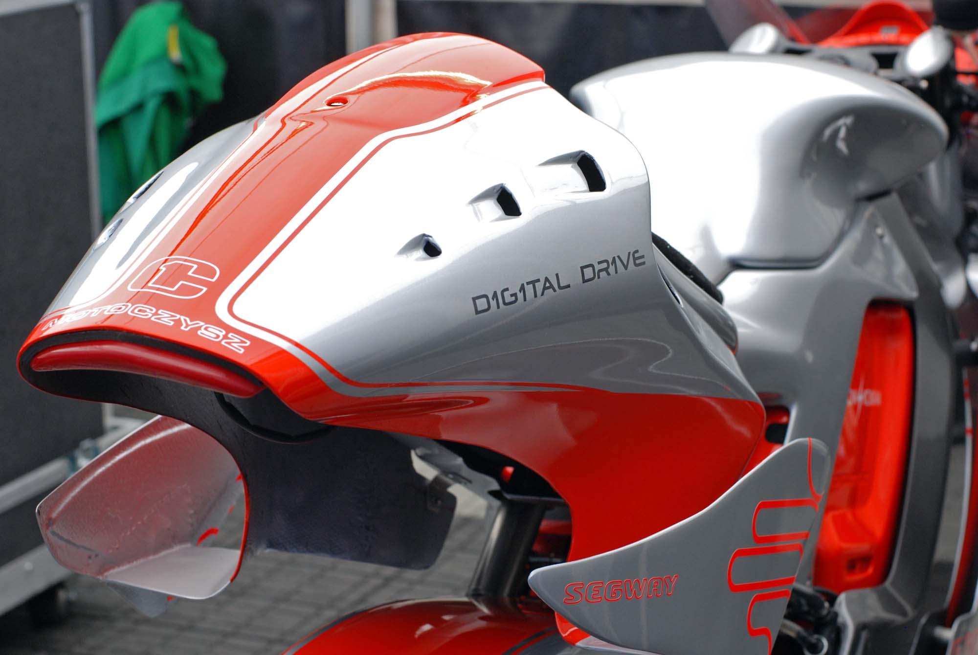 TT Ile de Man 2012-motoczysz-e1pc-12