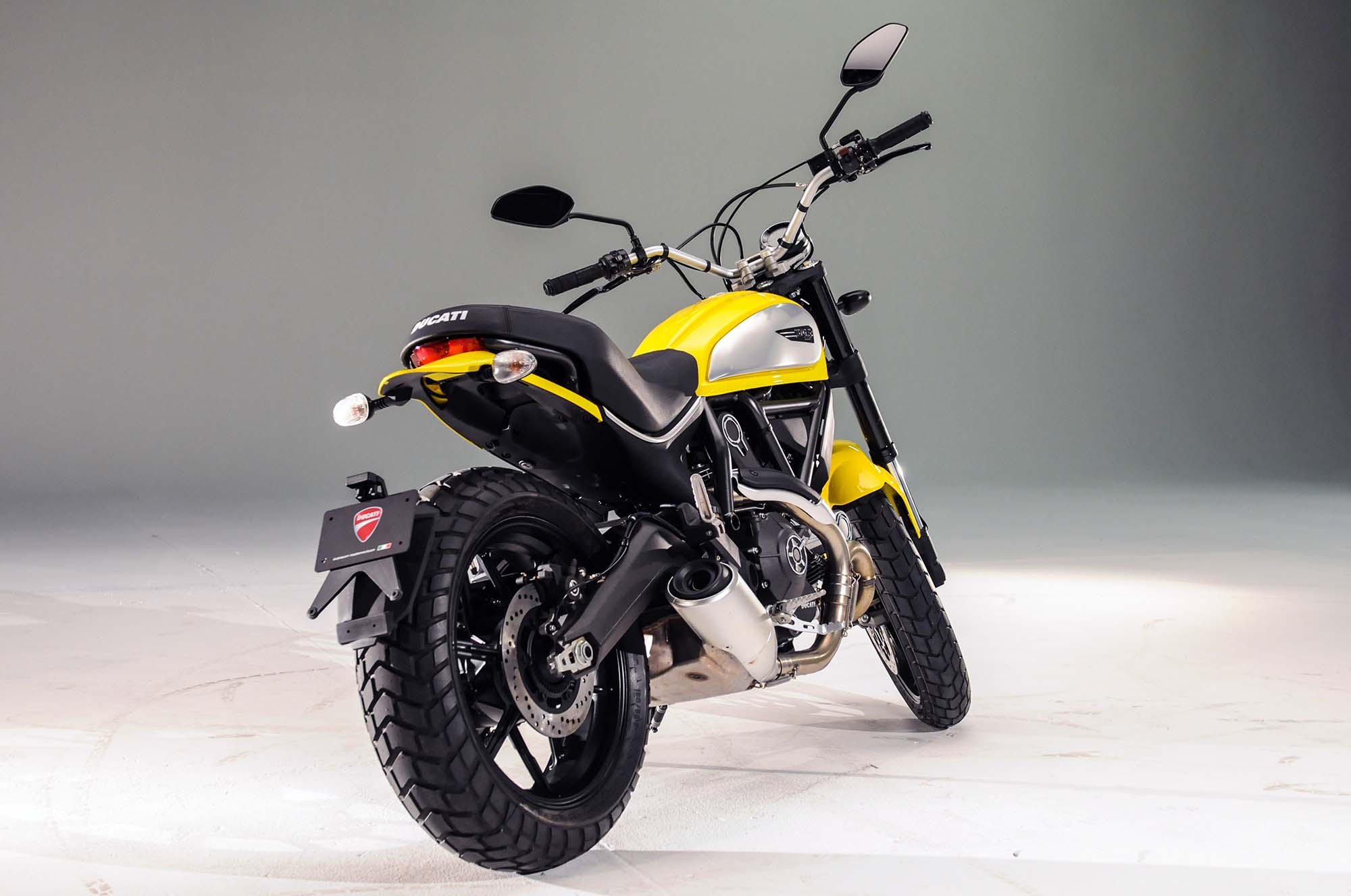 Custom Exhaust For Motorcycles Up-Close with the Ducati Scrambler Icon - Asphalt & Rubber
