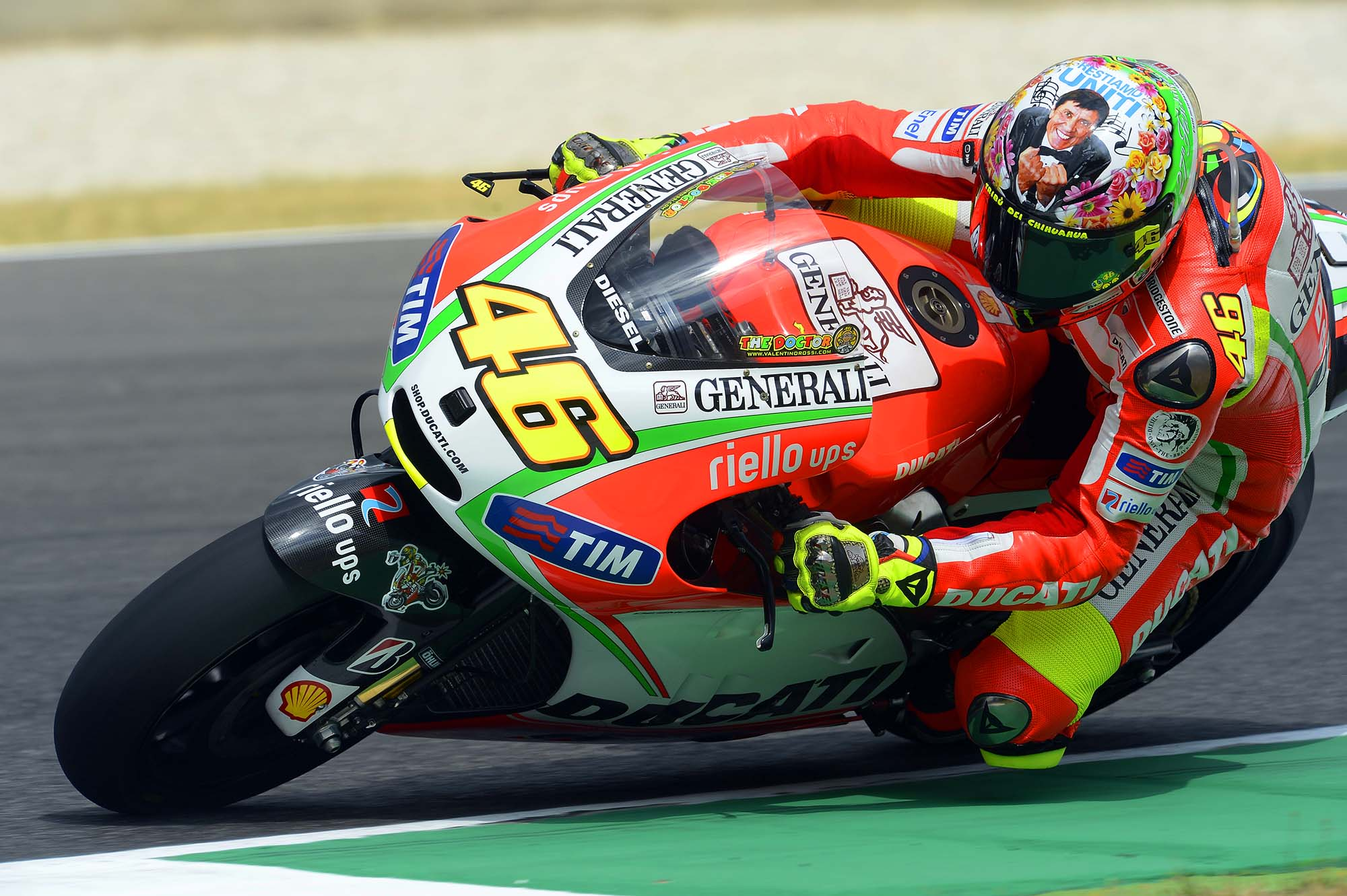 What Does Valentino Rossi S Mugello Helmet Mean Asphalt