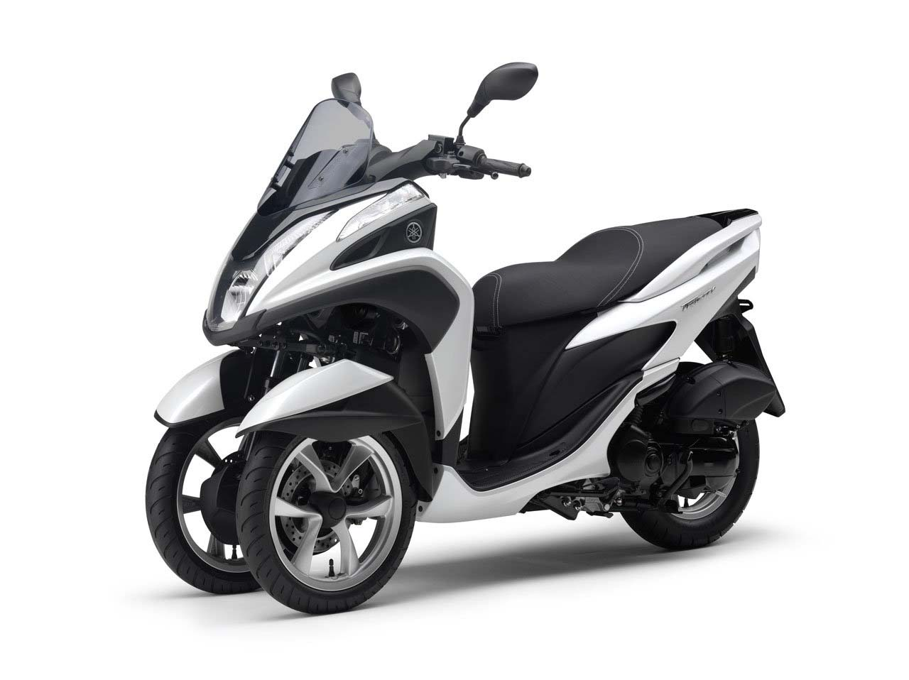 yamaha tricity a three wheel leaning scooter with cvt. Black Bedroom Furniture Sets. Home Design Ideas