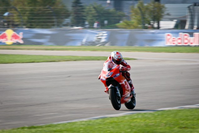 Caption This Photo: Time Check? Casey Stoner time check caption 635x423