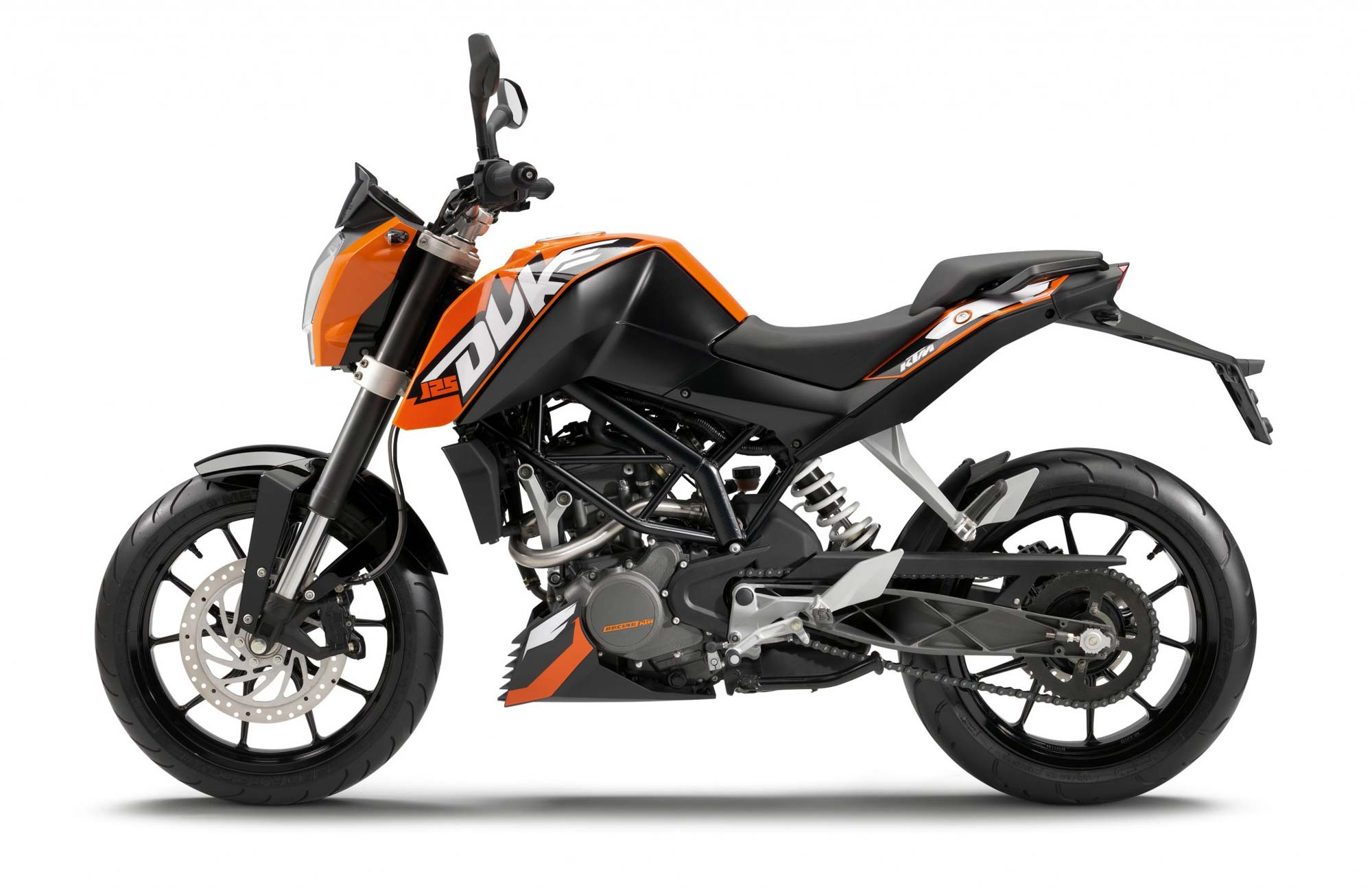 2011 ktm 125 duke officially named asphalt rubber. Black Bedroom Furniture Sets. Home Design Ideas