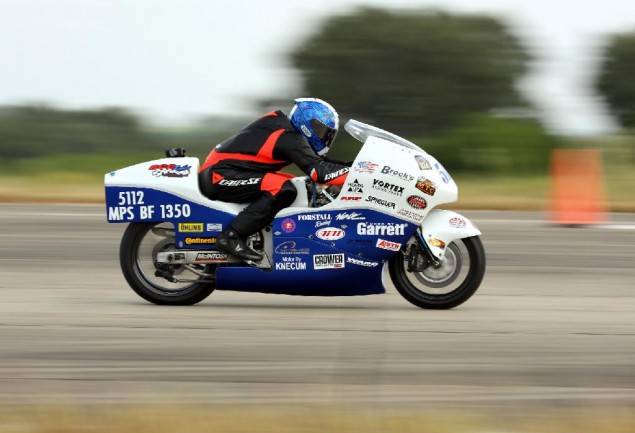Wild Brothers Racing Hits 278.6 MPH at the Texas Mile Wild Brothers Racing Suzuki Hayabusa Texas Mile 635x433