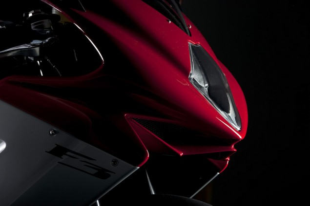 More Photos and Details about the MV Agusta F3 MV Agusta F3 official photos 64 635x423
