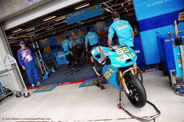 MotoGP: The 100 Million Dollar Moving City rizla suzuki garage 635x423