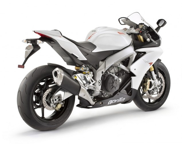 2011 Aprilia RSV4 R APRC   WSBK Tech for the Masses 2011 Aprilia RSV4 R APRC white 635x502
