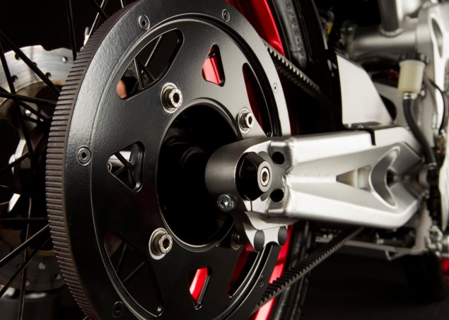 2011 Zero Motorcycles Get Quick Charge Option and More 2011 Zero S belt drive 635x453