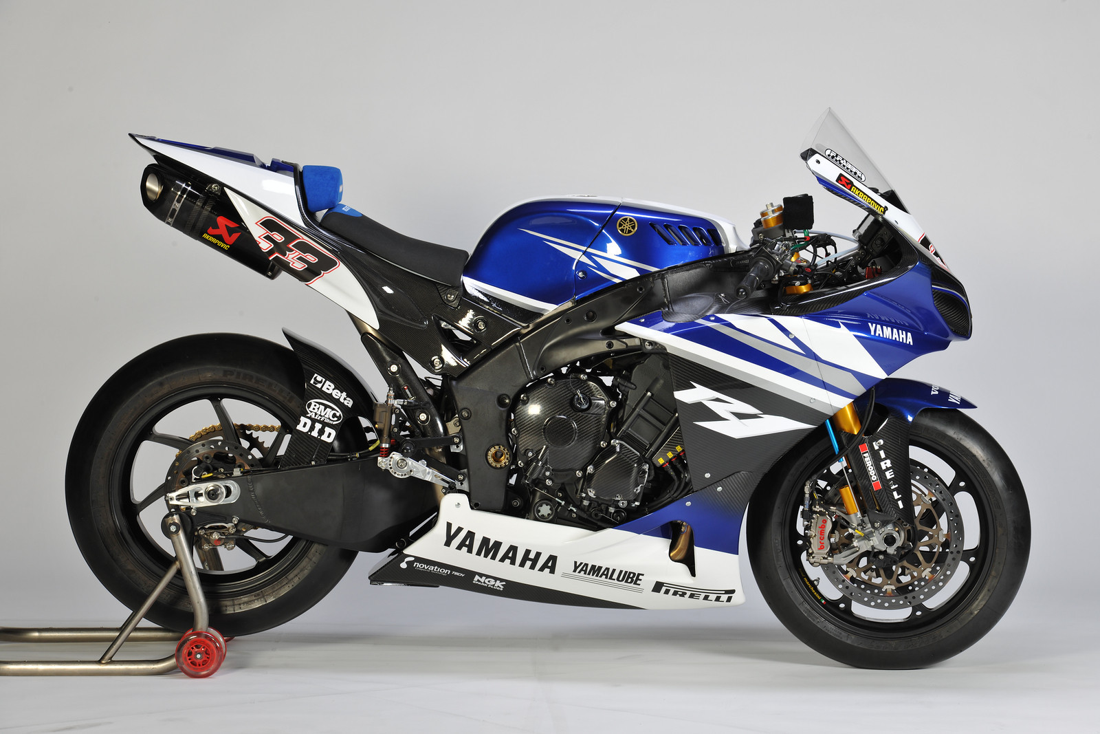 Yamaha Releases 2011 World Superbike Livery - Forgets to ...
