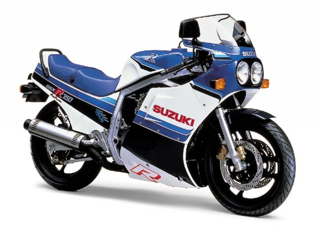 Video: 26 Years of the Suzuki GSX R 1986 Suzuki GSX R750 635x476