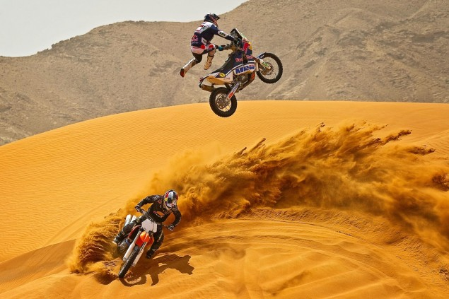 Marc Coma Proves the KTM 450 Rally Really Can Fly Marc Coma KTM 450 Dakar desert jump 4 635x423