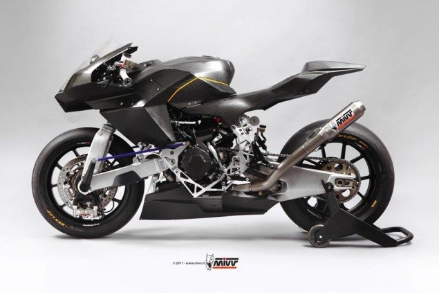 Vyrus 986 M2 Gets Race Partnership from MIVV Exhaust Vyrus 986 M2 MIVV 1 635x423