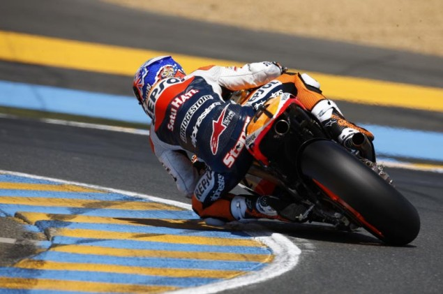 MotoGP: Factory Hondas Make Like Napoleon Bonaparte   Divide & Conquer Qualifying at Le Mans Casey Stoner Le Mans MotoGP qualifying 635x421