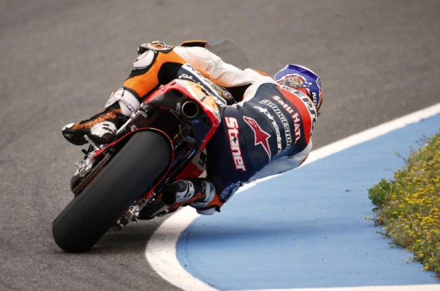 Casey Stoner Tests the 2012 Honda Prototype at Jerez Casey Stoner MotoGP 2012 HRC prototype 4 635x421