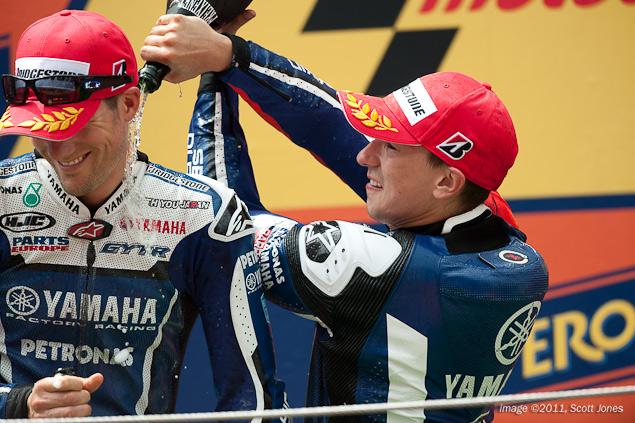 [MotoGP] Catalunya - Page 3 2011-Sunday-Catalan-GP-Scott-Jones-21