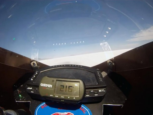 Video: 200+ MPH with Paul Thede & Lightning Motorcycles Lightning Motorcycles Bonneville on board 635x477