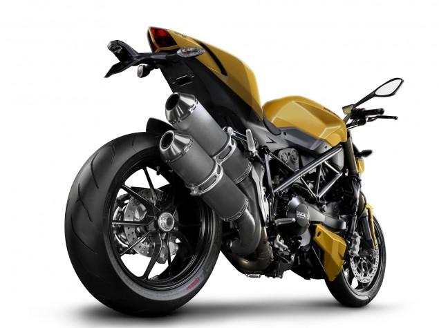http://www.asphaltandrubber.com/wp-content/uploads/2011/09/2012-Ducati-Streetfighter-848-51-635x475.jpg