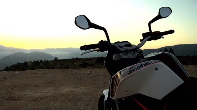 Video: 2012 KTM 690 Duke Teaser 2012 KTM 690 Duke 1 635x354