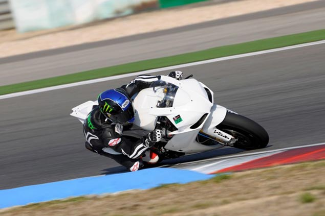 WSBK: Eugene Laverty to Factory Aprilia Team with Biaggi Eugene Laverty WSBK Aprilia Portimao test