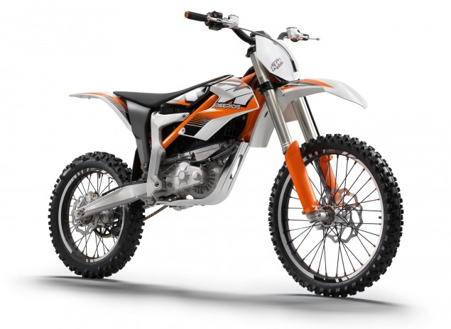 KTM Freeride E   OEMs Enter the Electric Motorcycle Fray 2012 KTM Freeride E 09 635x464