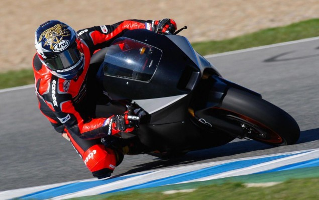 Colin Edwards Makes CRT Debut at Jerez Colin Edwards MotoGP CRT test BMW Suter 635x398