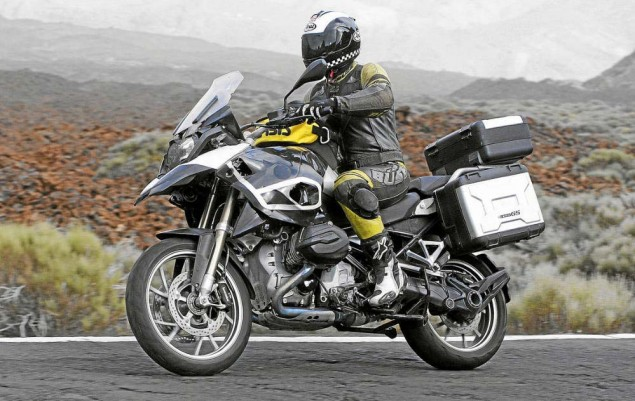 Spy Photos: 2013 BMW R1250GS Caught Testing 2013 BMW R1250GS spy photo 03 635x401