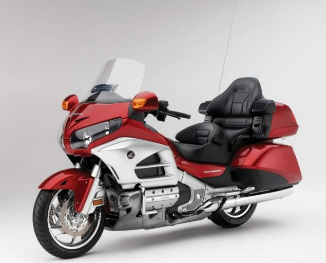 126,000 Honda Goldwings Recalled for Faulty Brakes Honda Goldwing 635x512