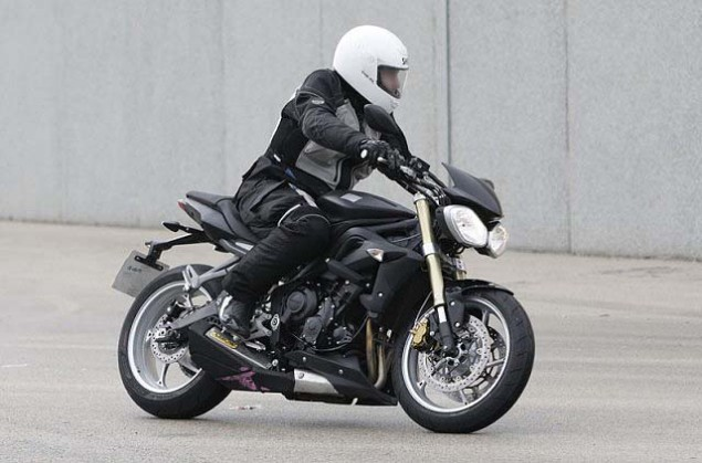 Spy Photos: 2013 Triumph Street Triple 2013 Triumph Street Triple spy photos 031 635x419
