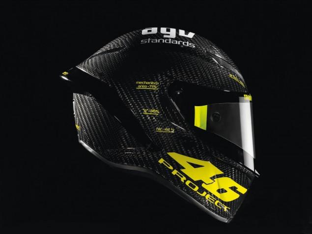 AGV PistaGP helmet studio 08 635x476