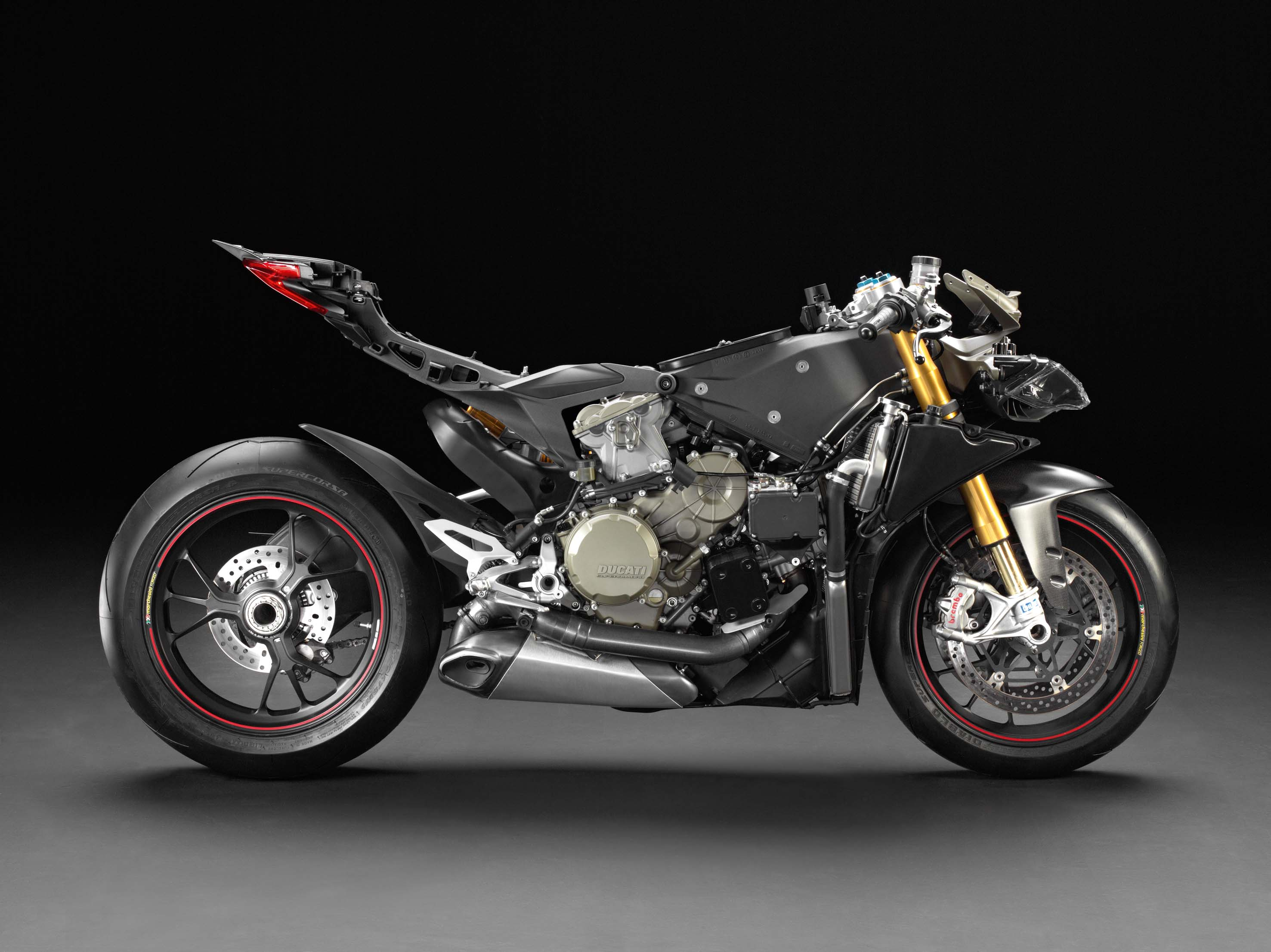 ducati 1199 Panigale ( Topic N°2 ) - Page 3 Ducati-1199-Panigale-no-fairings-01