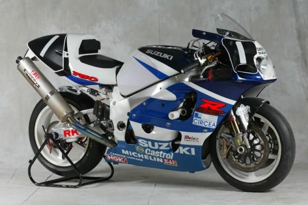 33 ans d'endurance Suzuki-GSXR-750-1999-635x424