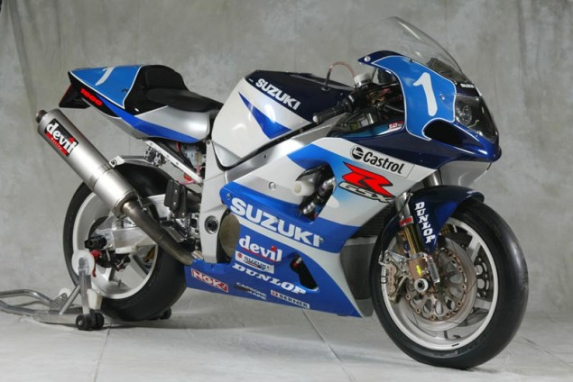 33 ans d'endurance Suzuki-GSXR-750-2002-635x424