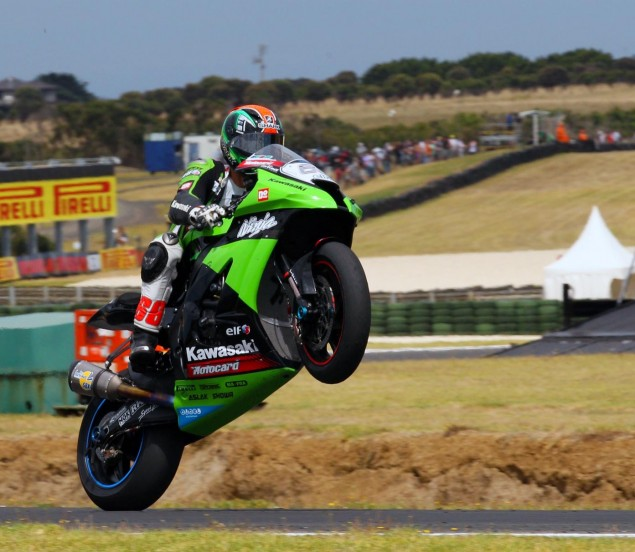 Kawasaki WSBK Team   Behind the Scenes at Phillip Island tom sykes kawasaki wsbk phillip island 635x552