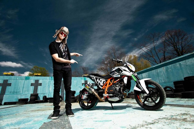 Rok Bagorošs New KTM 690 Duke Stunt Bike Rok Bagoros KTM 690 Duke stunt bike 06 635x423