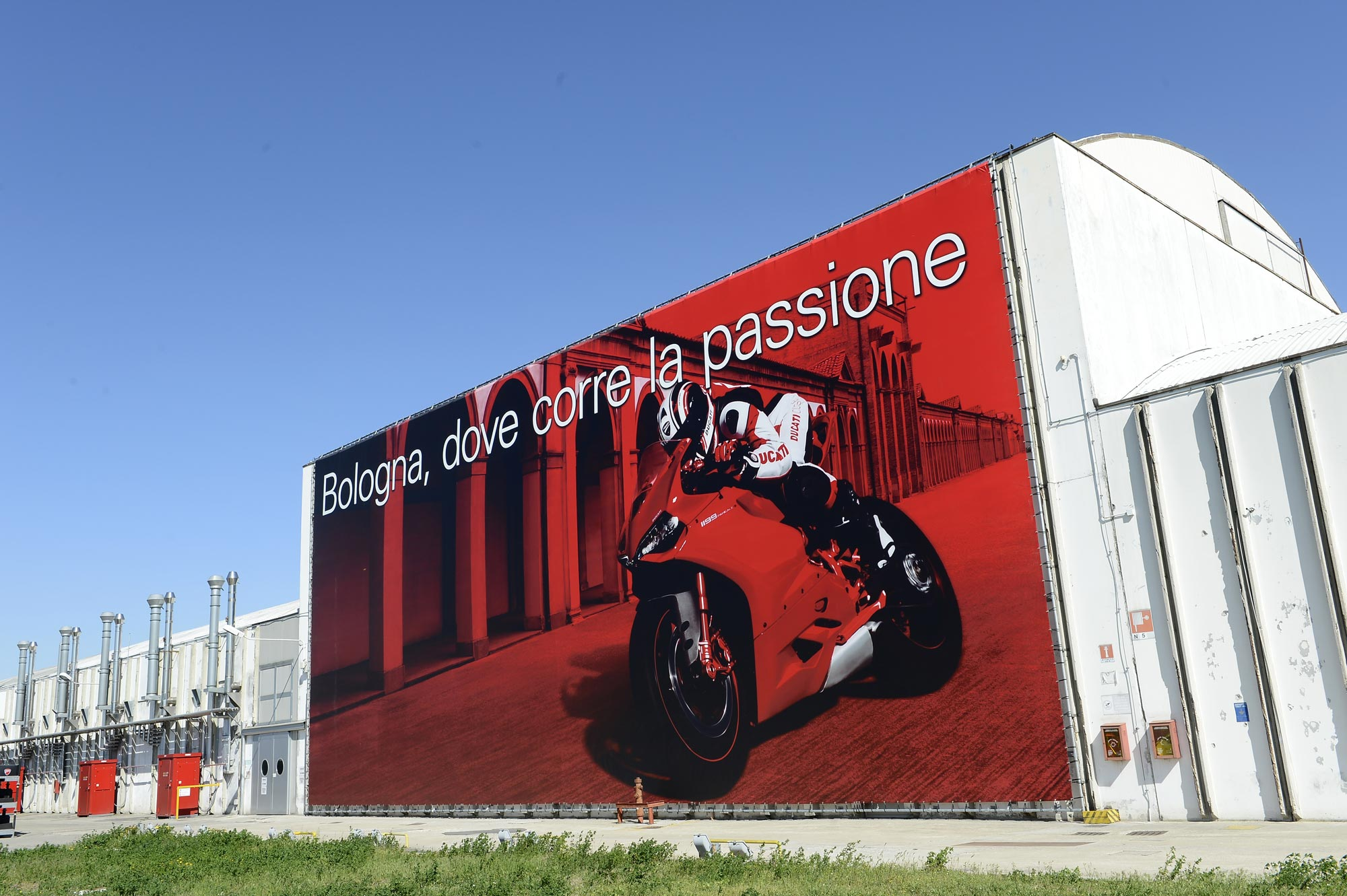 Ducati factory closes after second earthquake hits bologna for Hotel bologna borgo panigale