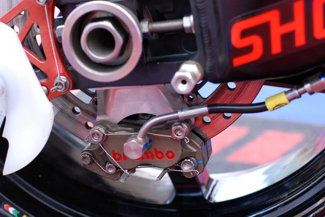 Up Close with McGuinnesss Honda TT Legends CBR1000RR John McGuinness Honda TT Legends CBR1000RR 15 635x425